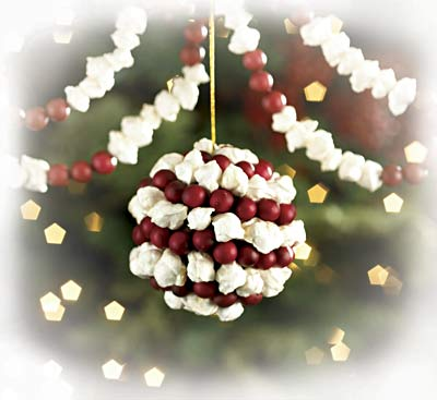 How To Make A Cranberry popcorn Garland Simplify Christmas